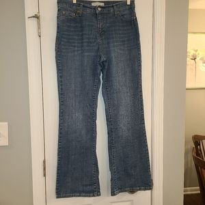 Levis 512 boot cut jeans medium wash Size 12